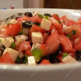 Pomidorų salotos su Fetos sūriu