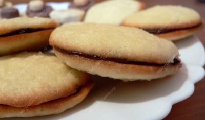 kokosiniai sausainiai su sokoladiniu įdaru(1)