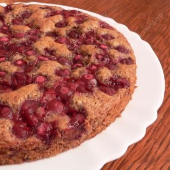 Vyšnių pyragas su šokoladu pagal Kas nutiko virtuvėje?