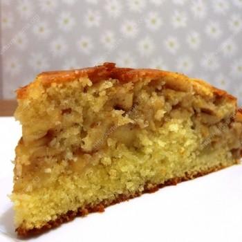 Minkštas obuolių pyragas