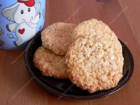 Avižiniai kokosiniai sausainiai