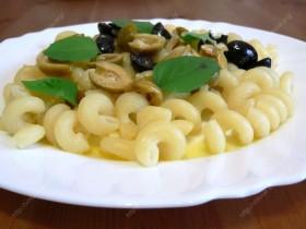 Makaronai su alyvuogėmis
