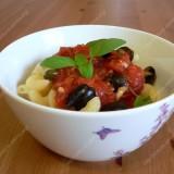 Pasileidę makaronai arba Pasta Puttanesca