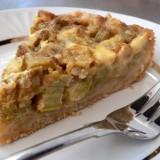 Kreminis rabarbarų pyragas