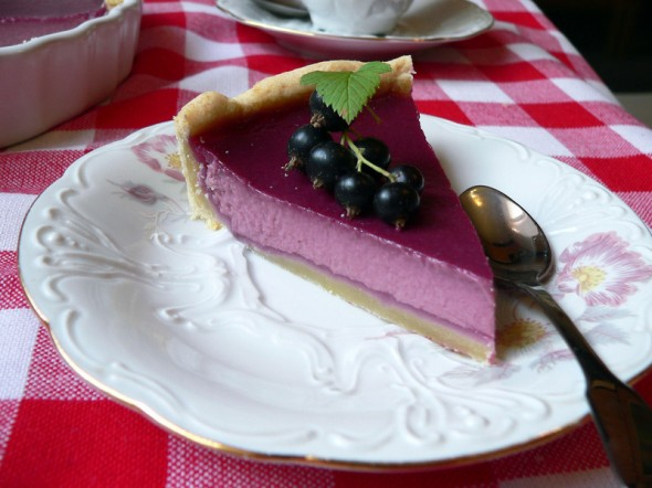 Juodųjų serbentų pyragas