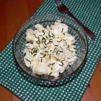 Kalafiorų salotos su kiaušiniu