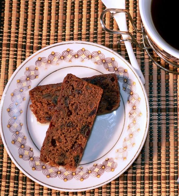 Greitas Kalėdinis vaisinis pyragas ir kava
