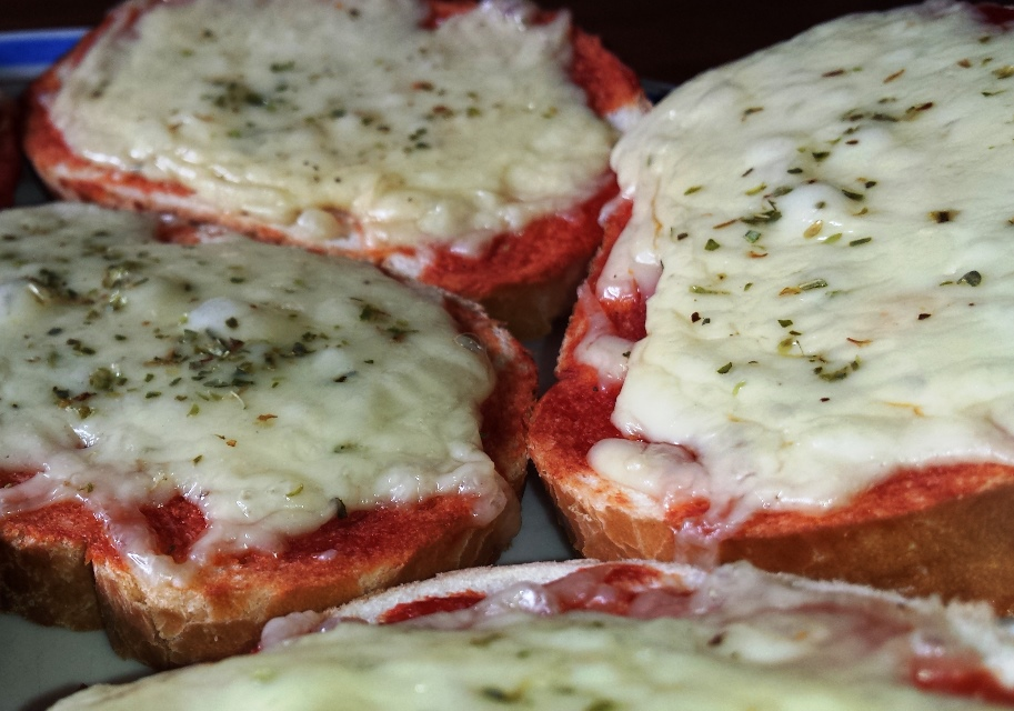 Hot pizza taste sandwiches
