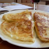Crepes with ham and cheese