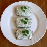 Sandwiches with cottage cheese and greens