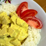 Chicken and rice salads with curry