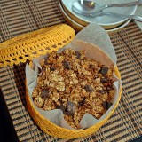 Pumpkin granola with chocolate chunks