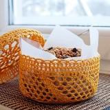 Pumpkin granola with chocolate chunks