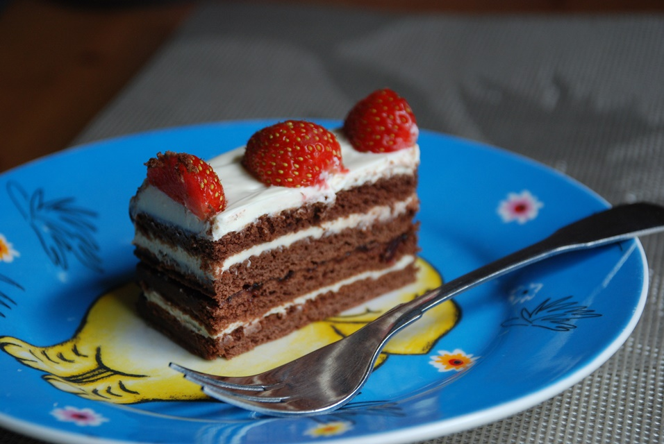 Chocolate biscuit and sour cream cake