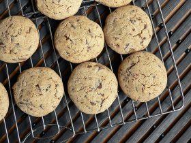 Grikių miltų sausainiai su šokolado gabaliukais