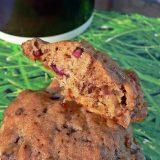Avižiniai sausainiai su granatų sėklomis ir šokoladu